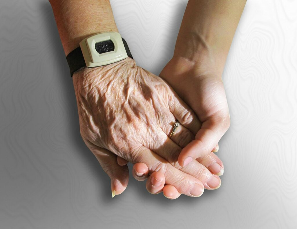 hands, old, young-216982.jpg